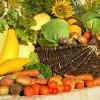 Азаров уверяет, что цены на сельхозпродукцию скоро снизятся